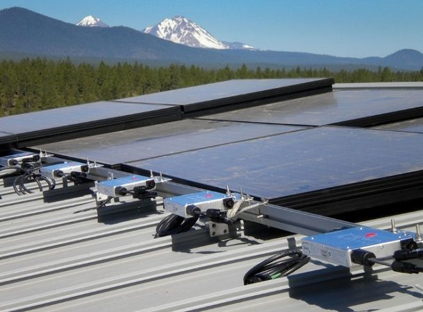 What To Consider Before Buying A Solar Micro Inverters